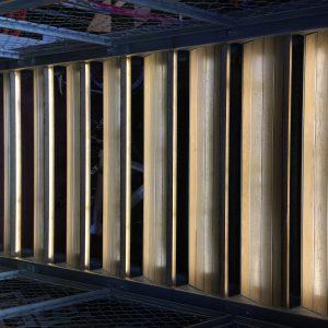 trap met led profielen en strips verlichten